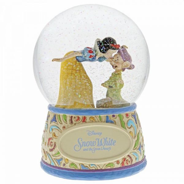 Snow White snowglobe