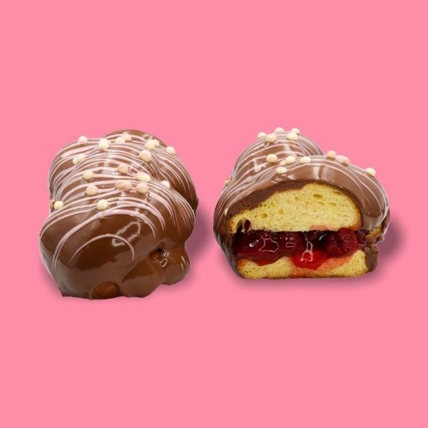 Milky Strawberry Tsoureki