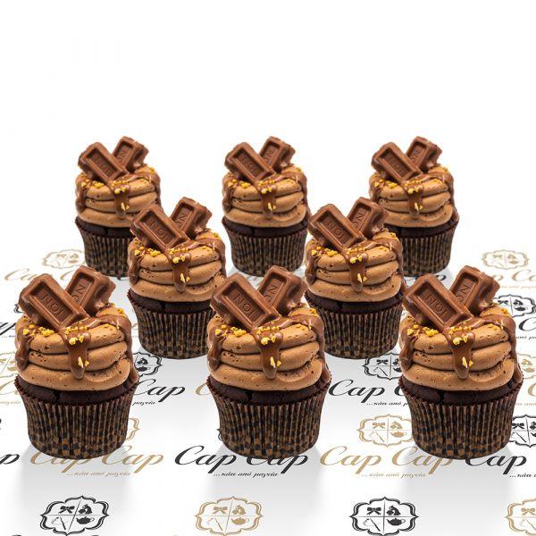ION Amigdalou cupcakes (8 pc)