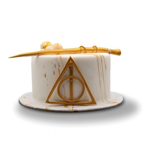 White Hallows Cake
